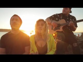 Прекрасный кавер на пляже от Andie Case на песню Owl City - Fireflies