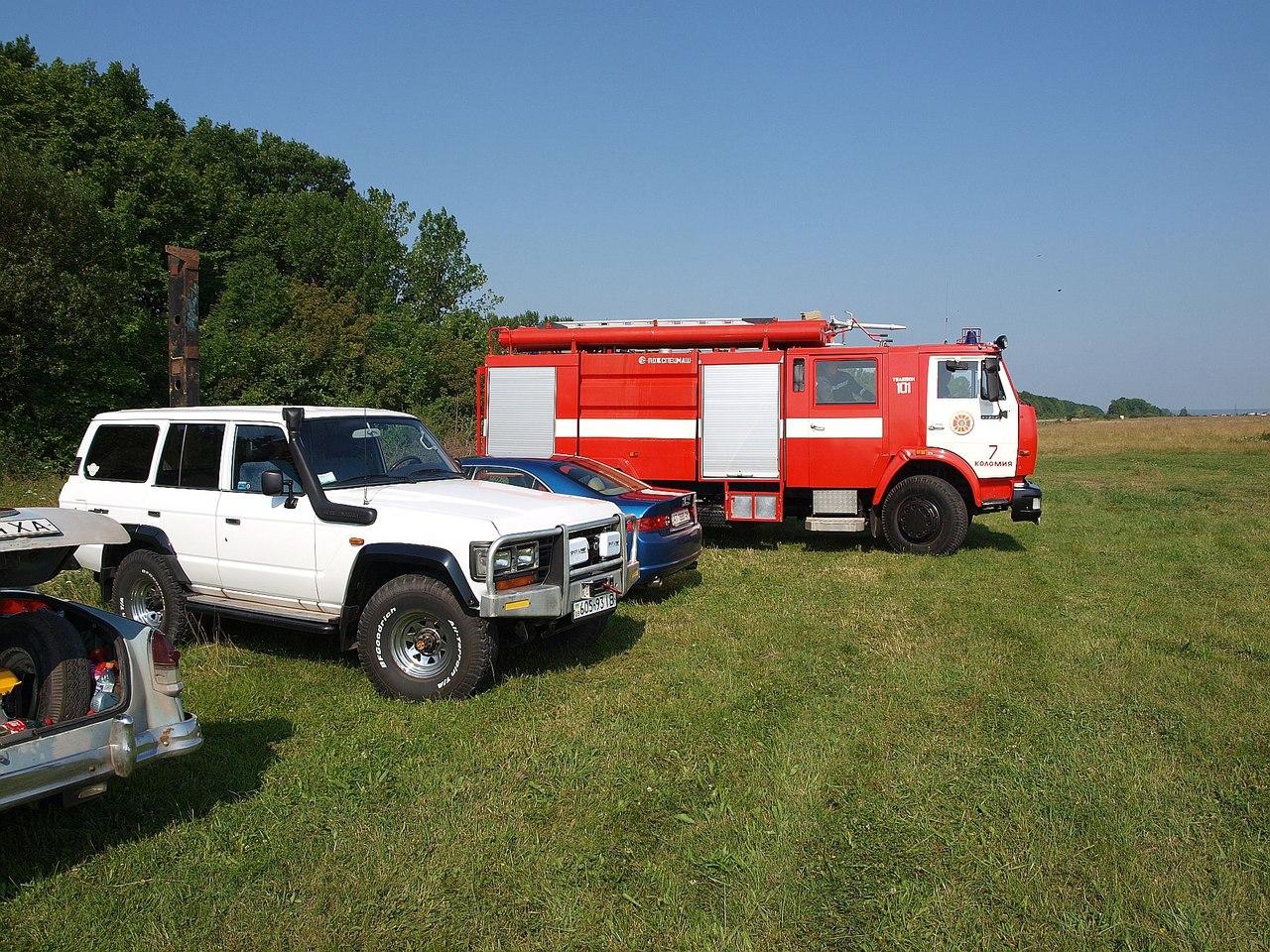 Пожежна машина чергує протягом усього свята