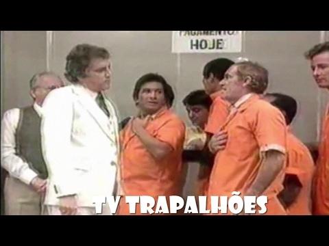 Os Trapalhões - Fazendo fila para receber o Salário