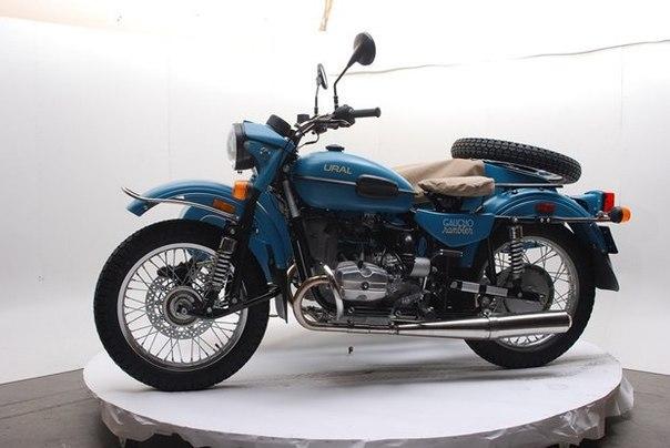 Российская марка «Урал» и бренд Pendleton собрали совместную модель мотоцикла. Как вам?.