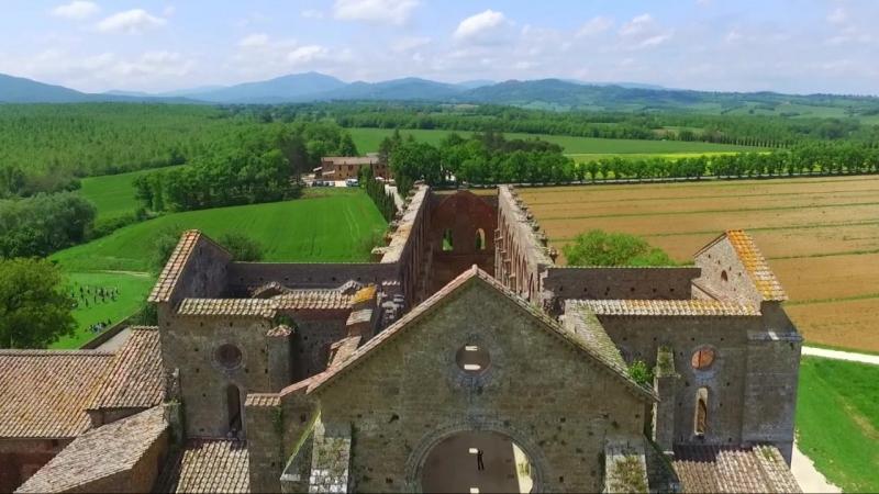 Ностальгия по Тарковскому Андронов Дрон в Тоскане