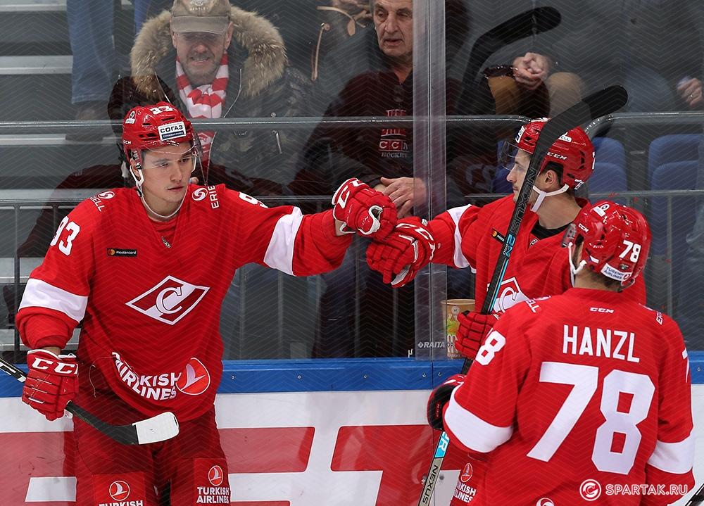 Александр Хохлачев: Всегда приятно набирать очки и помогать команде (Видео)