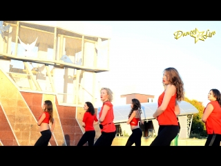 "Bachata ""red and black"" 