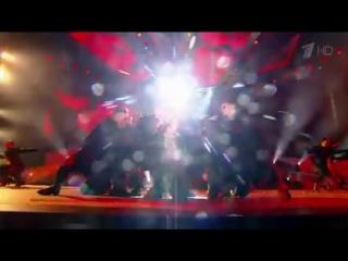 LOBODA - Парень (Премия «Жара» 2018) ( 240 X 426 ).mp4