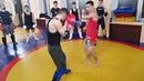 Провал соперника переходящий в атаку или как накаутировать, урок тайского бокса N 15