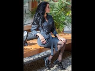 Платье из фактурного джерси с поясом и карманами «Илона»