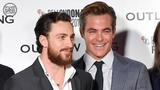 Chris Pine &amp Aaron Taylor-Johnson on Outlaw King + why they cut it down by 22 minutes
