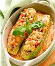 Кабачки фаршированные курицей и овощами