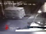 В сети появились кадры поджога торгового комплекса в Миассе.