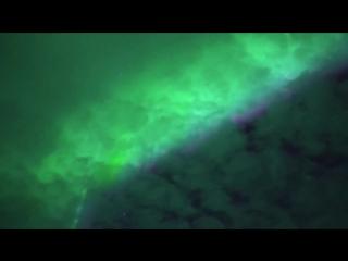 Очень динамичное полярное сияние. Съемка в реальном времени!