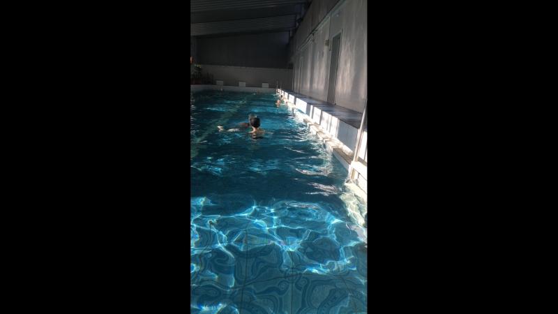 В бассейне 🧚🏼♀️