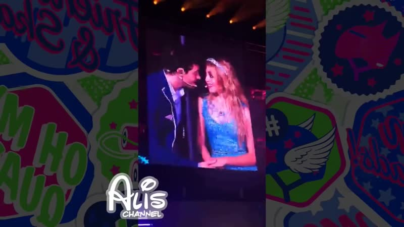 Ultimo Beso de Karol y Ruggero Soy Luna Cierre Gira Mundial Luna Park Luna y Mat