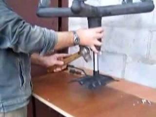 Как разобрать офисный стул кресло. Снять механизм пиастру с газлифта (пневмопатрона, газпатрона)