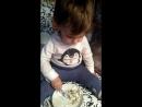 Кира кушает драники