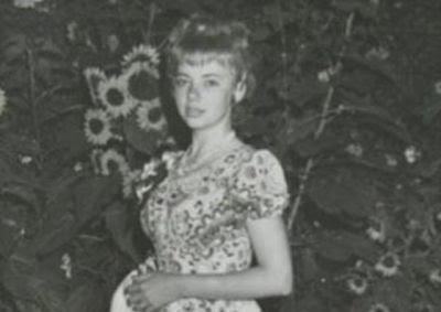 В 1971 году 17-летняя девушка упала с высоты три...
