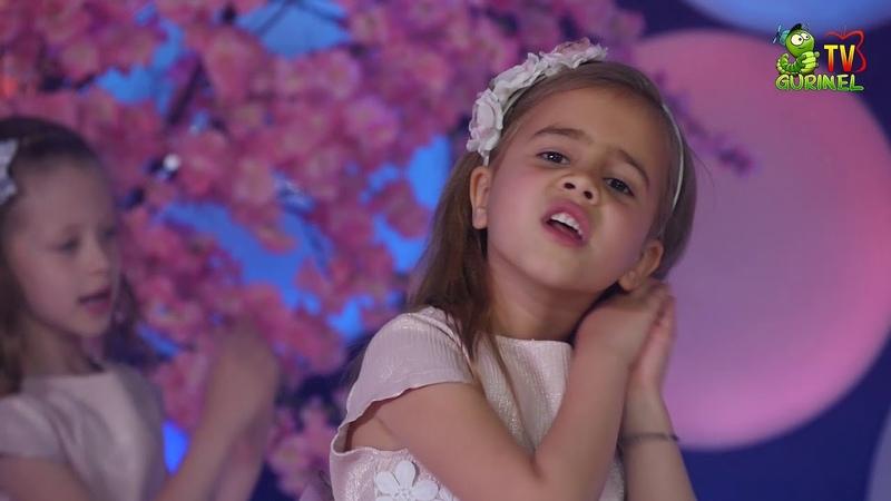Do-re-micile - Ah ce copilărie avem (DoReMi-Show)