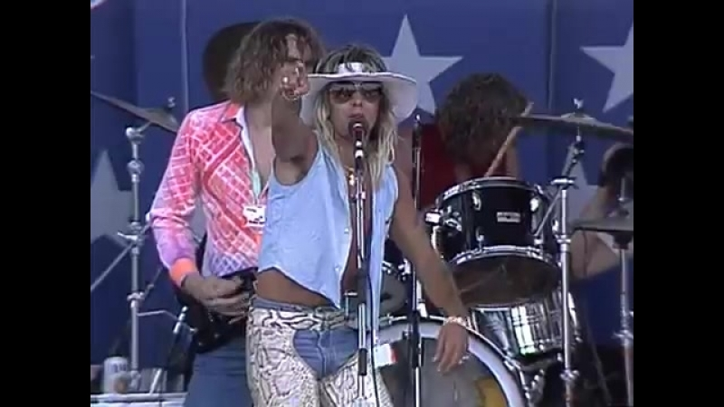 Vince Neil - Smoking In the Boys Room (Live at Farm Aid 1986)