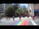 Праздник гей-движения в Торонто.