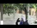 Два_попа_дерутся__с_полицейскими,_которые_охраняли_участников_гей-парада_в_Кишиневе(0).mp4