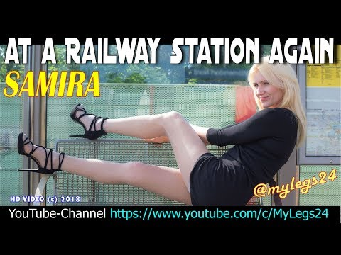 Watch Samira in pantyhose - At a railway Station again