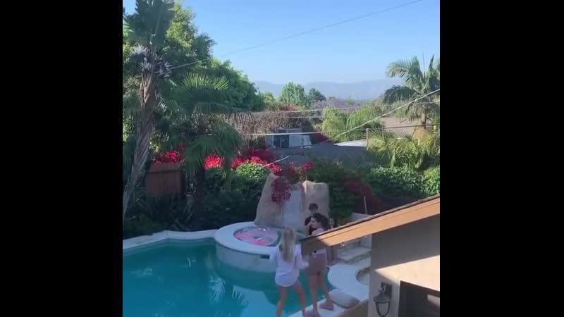 Selena dancing for TikTok, Jul 11, 2020