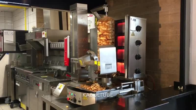 Робот готовит доннер
