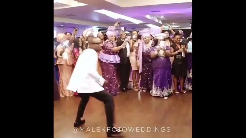 Bracket mama Afrika (720p).mp4