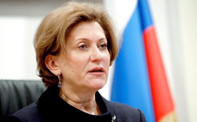Попова предупредила об опасности переболевших COVID в течение 90 дней