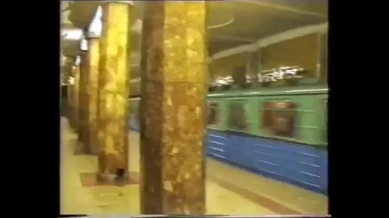 Поезд с дефектоскопом №1031 на Красносельской.mp4