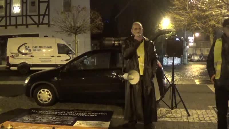 Comedian eV Satire Zella Mehlis Immer mehr gelbe Westen