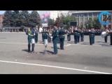 Участники парада Победы в Москве прошли по Театральной площади