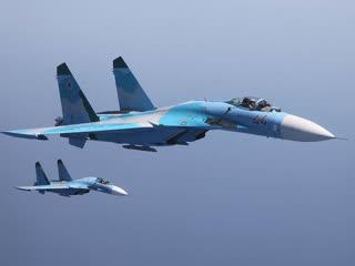 Су-27 красиво отогнал истребитель НАТО F-15