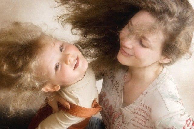 10 лучших книг об отношениях мам и их дочерей
