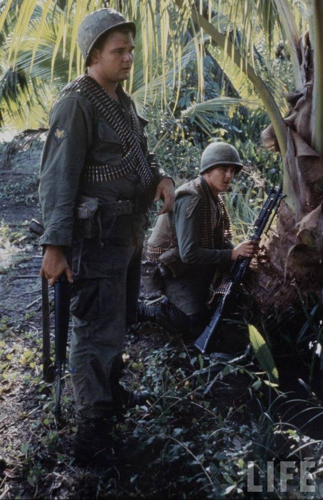 guerre du vietnam - Page 2 8yWJpxnfo4k