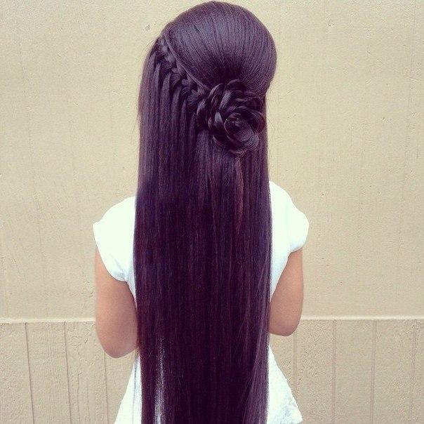 Причёски с прямыми распущенными волосами фото