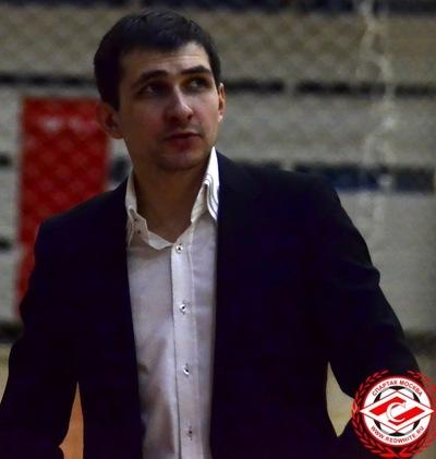 Антон Старкин