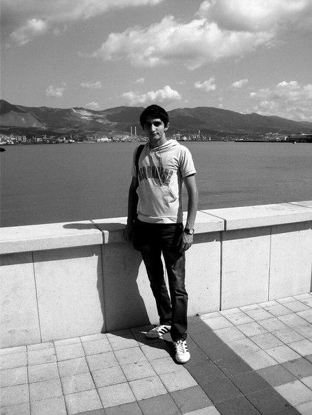 Фото №337035378 со страницы Perviz Agayev