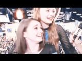 maisie williams & sophie turner | starry eyed