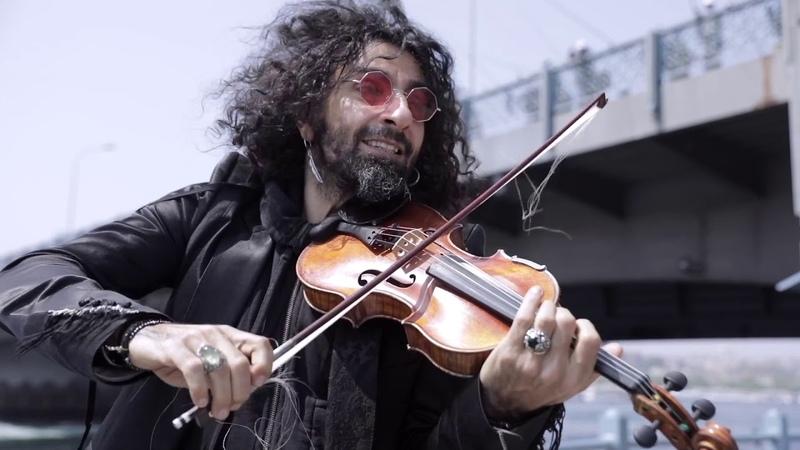 A planet in a violin case. Episode 8 Tavli (Backgammon) at Zorlu Center, Istanbul