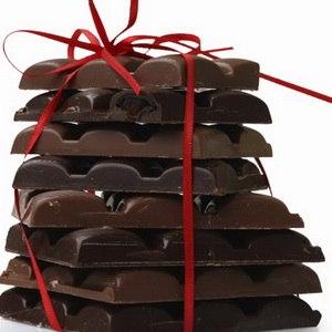 кушая шоколад, очень важно не переусердствовать.