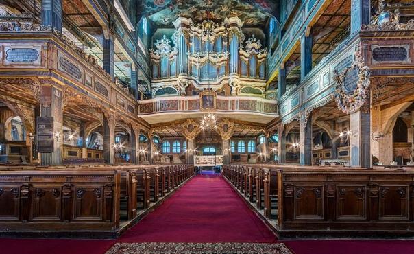 После окончания 30-тилетней войны император Священной Римской империи Фердинанд III Габсбург (католик по вероисповеданию под давлением протестантской Швеции с большой неохотой позволил