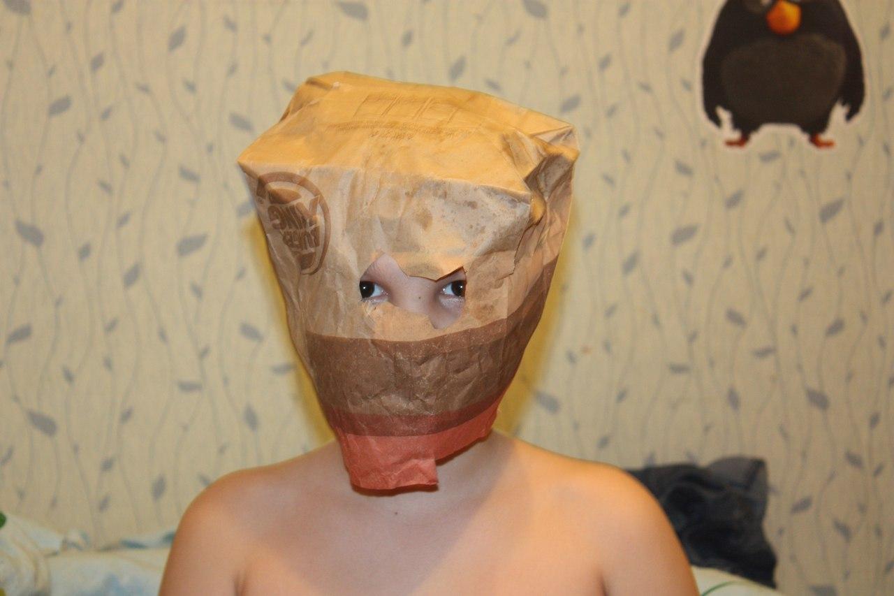 Видео скарфинга пластиковым пакетом на голове, трахнул на кухне девушку в сапогах