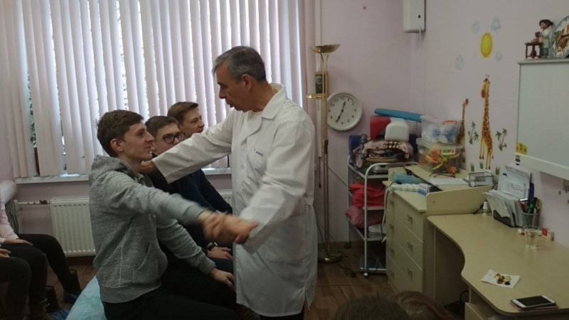 Работа врача невролога, кинезиолога