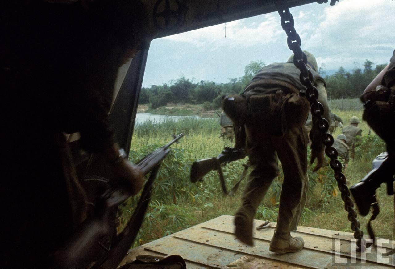 guerre du vietnam - Page 2 LssfyQeWGHY