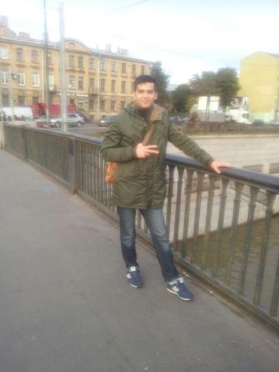 Бабур Атаджанов