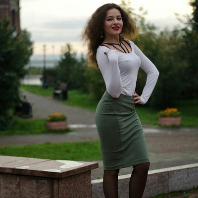 Полина Вязовая