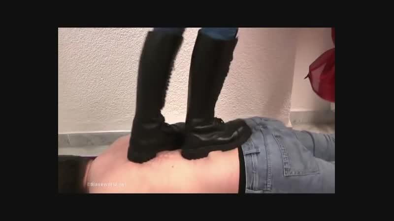 Combat boots jeans lady dominat trampling fantastic rough