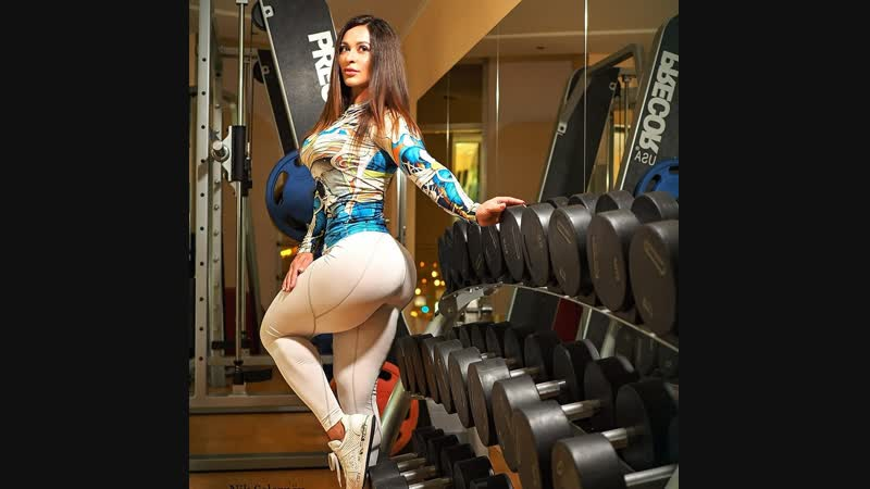 Female Fitness Motivation Alina Sazonova personal trainer