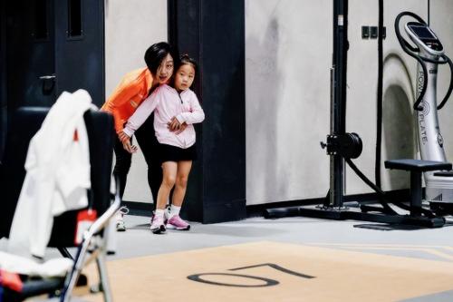 Вэньцзин Суй - Цун Хань / Wenjing SUI - Cong HAN CHN - Страница 14 N5m4ocAEOCM
