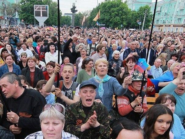 В Донецке и Луганске зафиксированы многочисленные случаи убийств мирных жителей, похищений, ограблений и мародерства, - СНБО - Цензор.НЕТ 4633